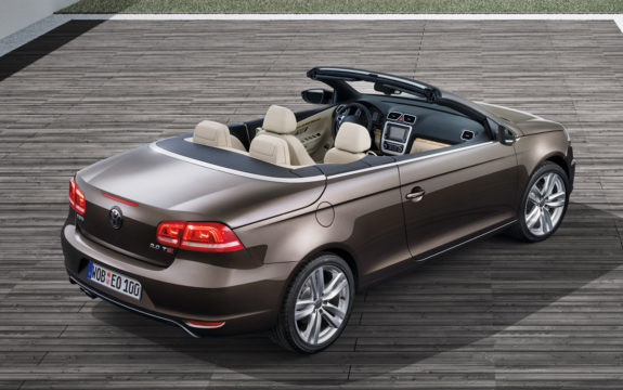 2012-volkswagen-eos-top-rear-view