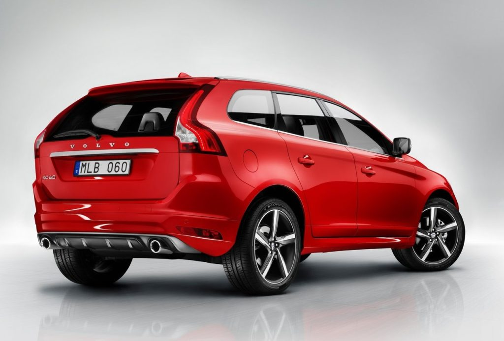 2018 volvo xc60 spy shots. 2018-volvo-xc60-rear-angle-red-color-e1474179226628 2018 volvo xc60 spy shots