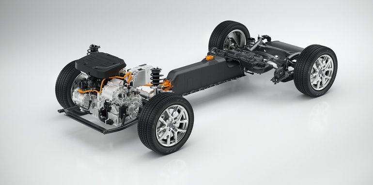 2018_volvo_xc40_preview_19